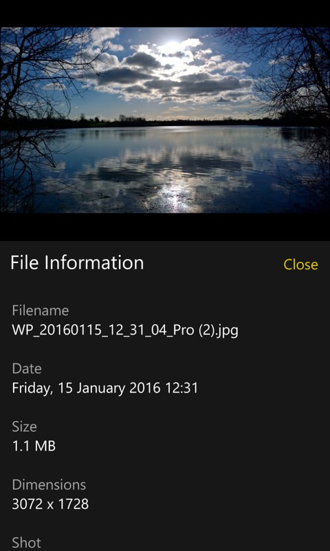 Screenshot, Windows 10 Mobile Photos
