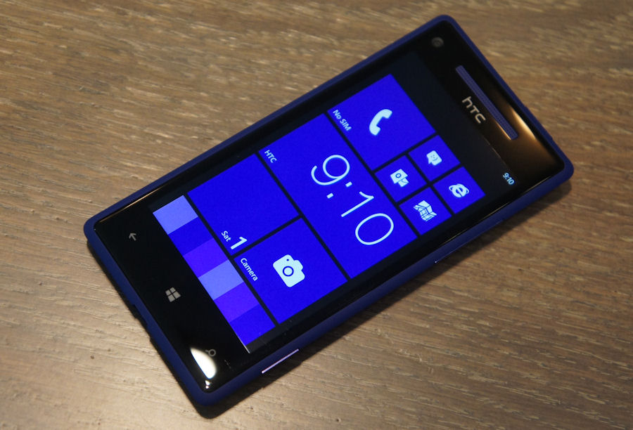 HTC 8X