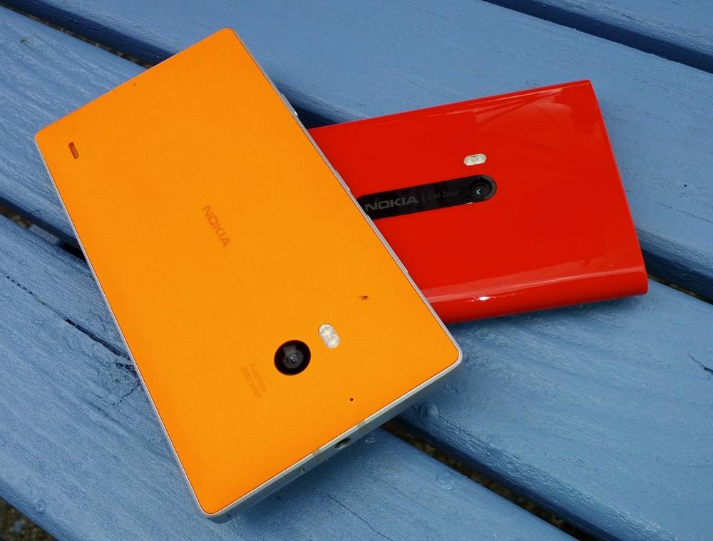 Lumia 930 and 920