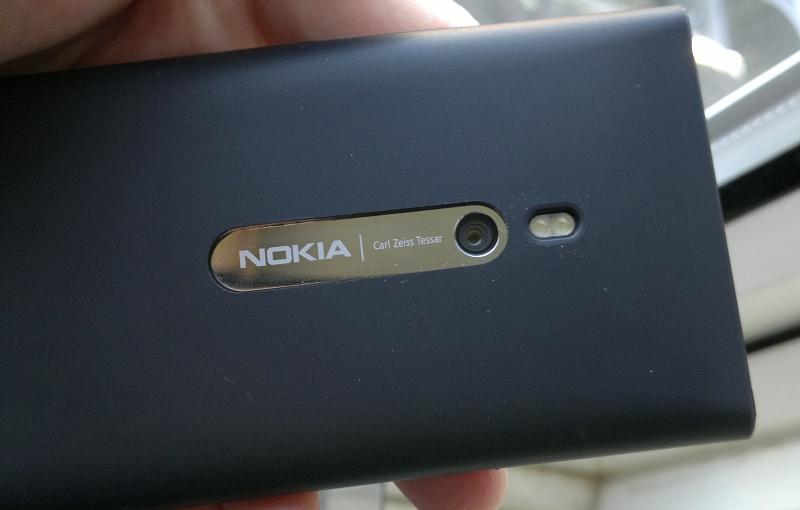 Lumia 800 camera