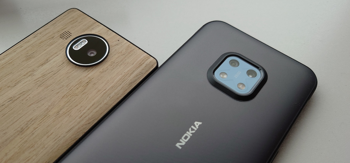 Lumia 950 XL and Nokia XR20
