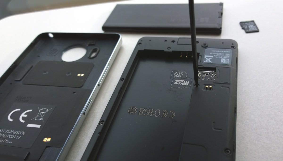 Dismantling the Lumia 950