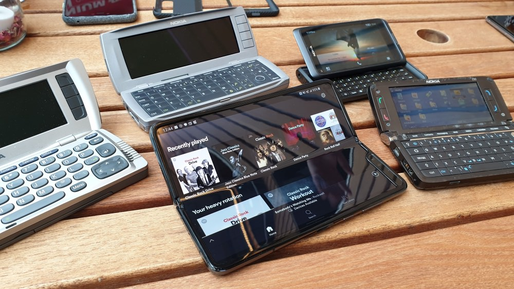 Nokia 9210, 9500, E90, E7 and Fold