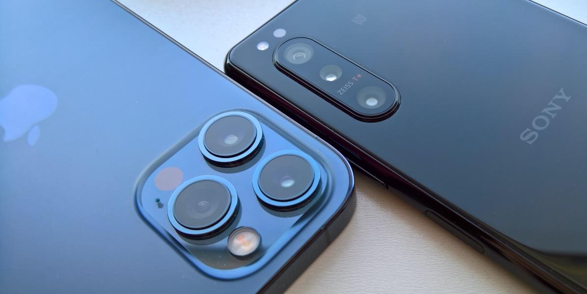 iPhone 12 Pro Max and Xperia 5 ii
