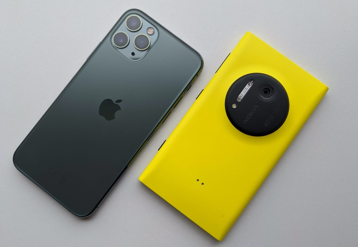 iPhone 11 Pro with Lumia 1020