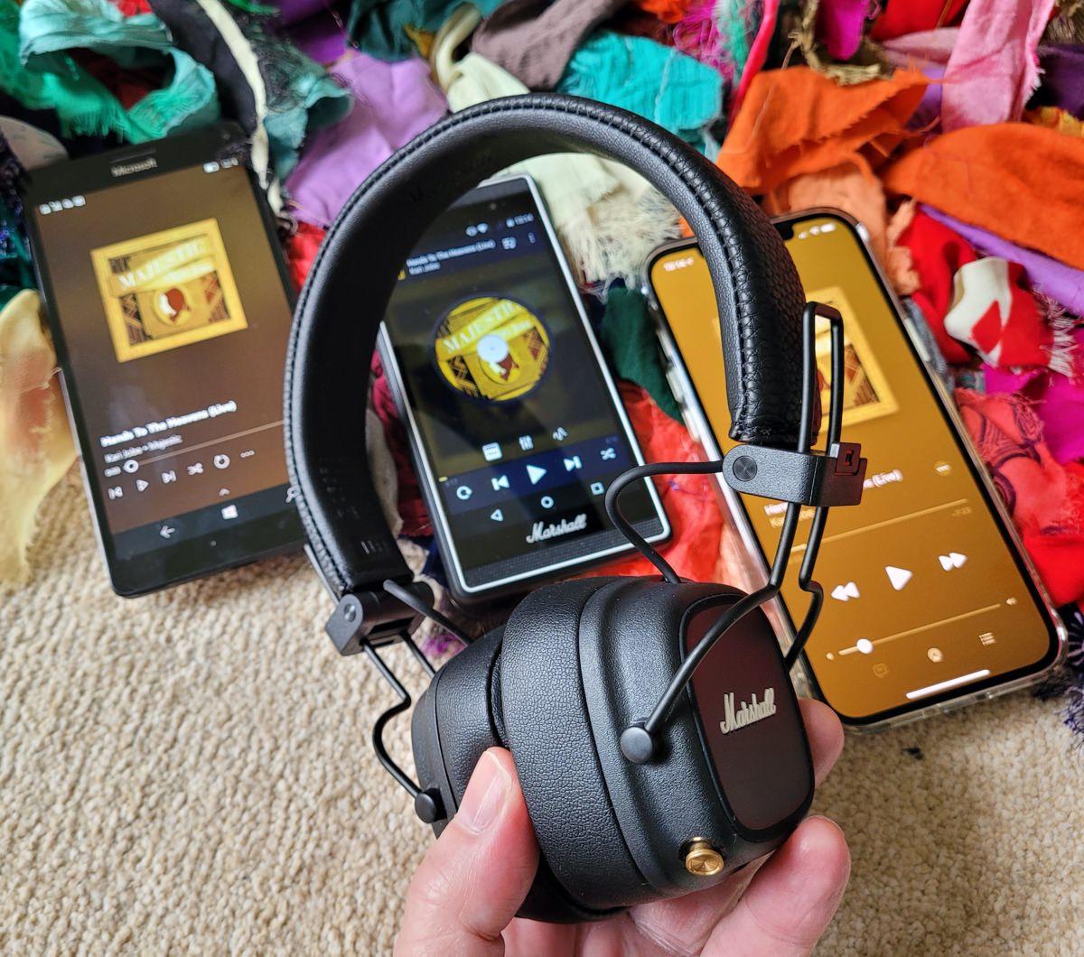 Marshall Major IV Bluetooth headphones