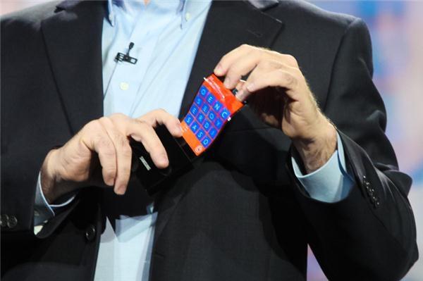 Samsung flexing Windows Phone