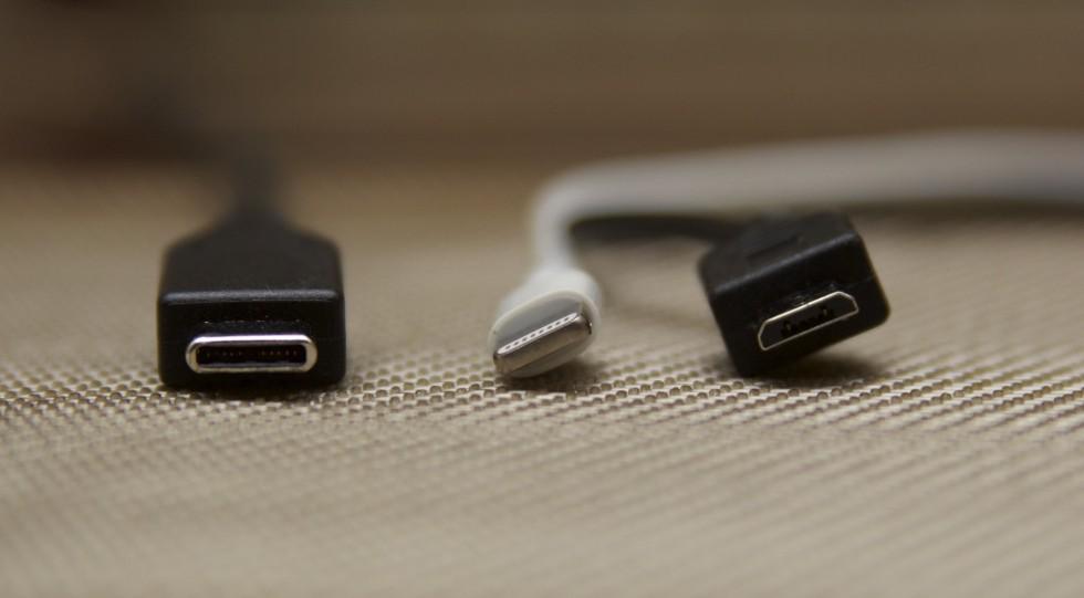 USB Type C, Lightning and microUSB