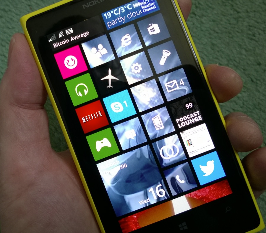 Start Background in place on Lumia 1020