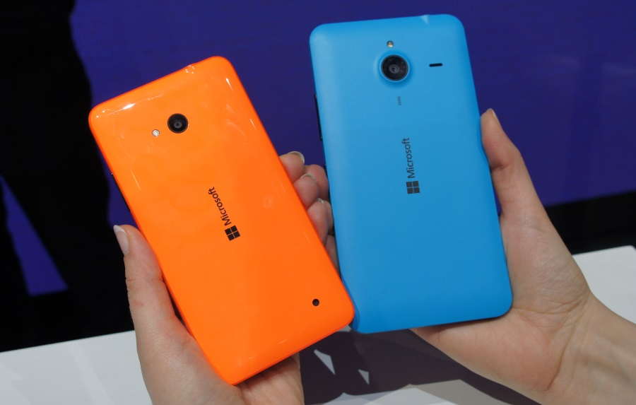 Lumia 640 from the back