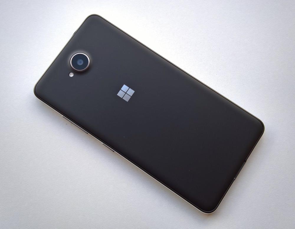 Lumia 650 back view