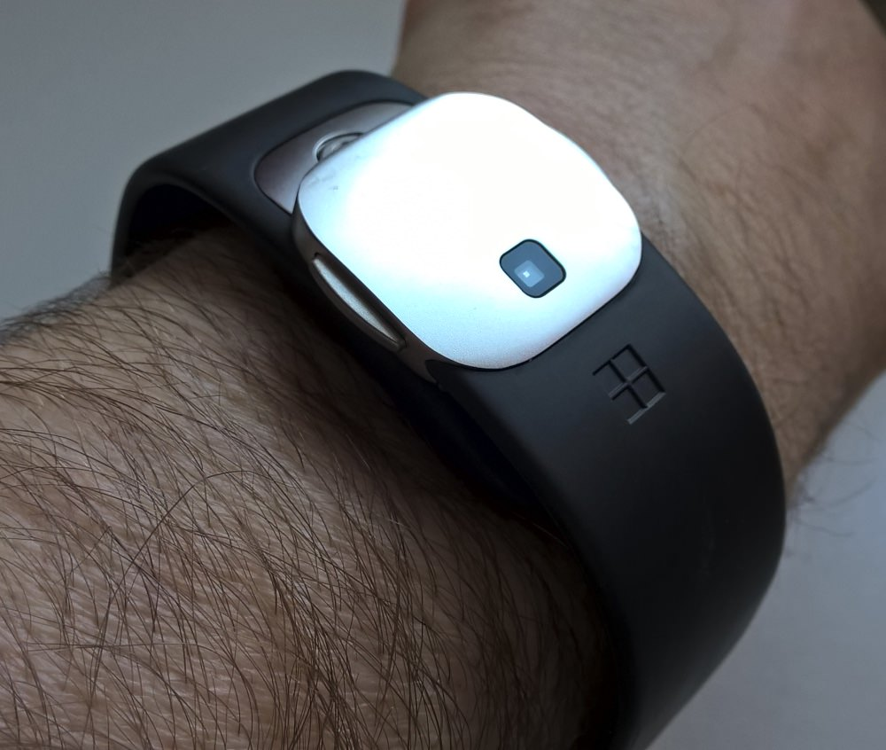 microsoft band 2 more polished but nowhere near perfect. Black Bedroom Furniture Sets. Home Design Ideas