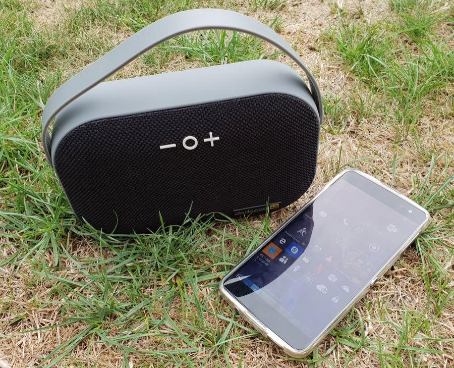 DA150 Stereo speaker