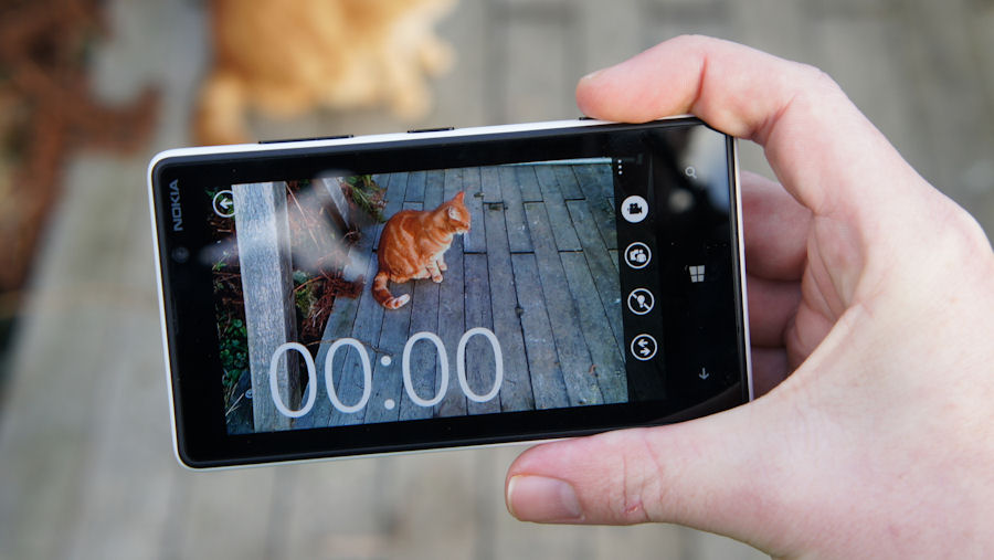 Nokia Lumia 820 camera