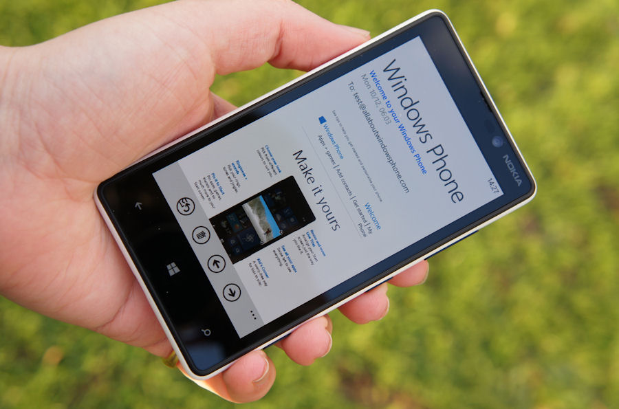 eb94fff13c6 Nokia Lumia 820 hardware review - All About Windows Phone