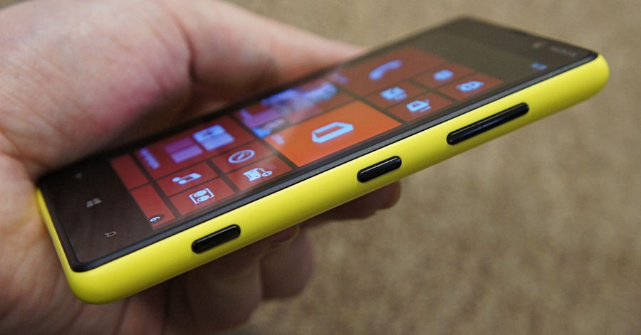 Lumia 820 from the side