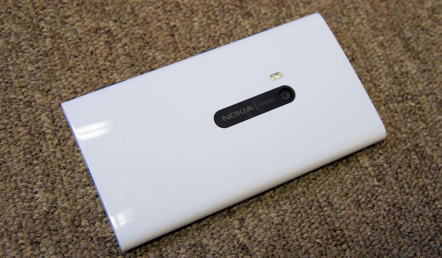 Lumia 920 back