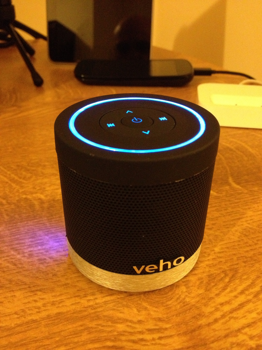 veho bluetooth speaker how to connect