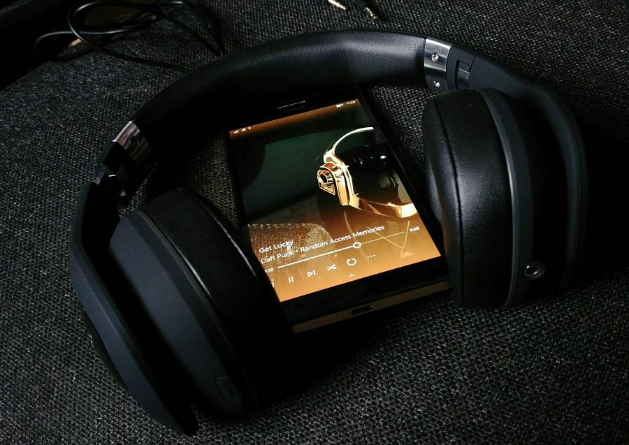 ZB-6 headphones