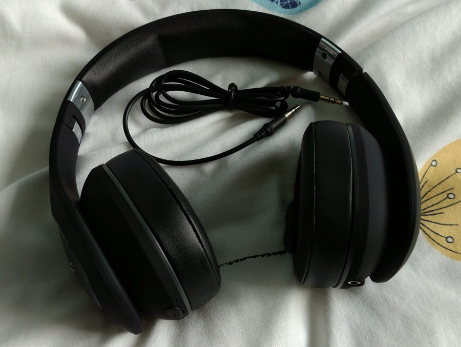 ZB-6 headphones